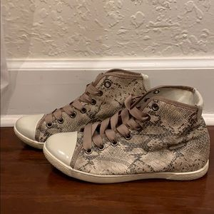 Steve Madden High Top Lace Up Snake Sneakers